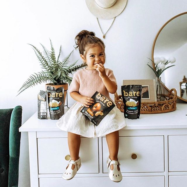 @baresnacks back to school campaign in partnership with 20 content creator mamas. 🎒    Sept 2019 (2/3)