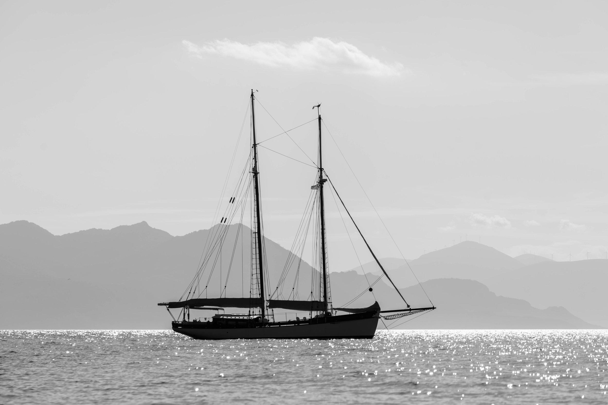 schoonerlife.jpg