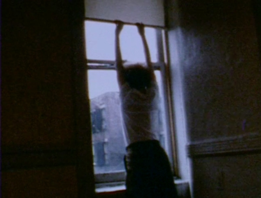 Pooh Kaye, Going Out, 1980, digital transfer from Super 8, 02:34 min