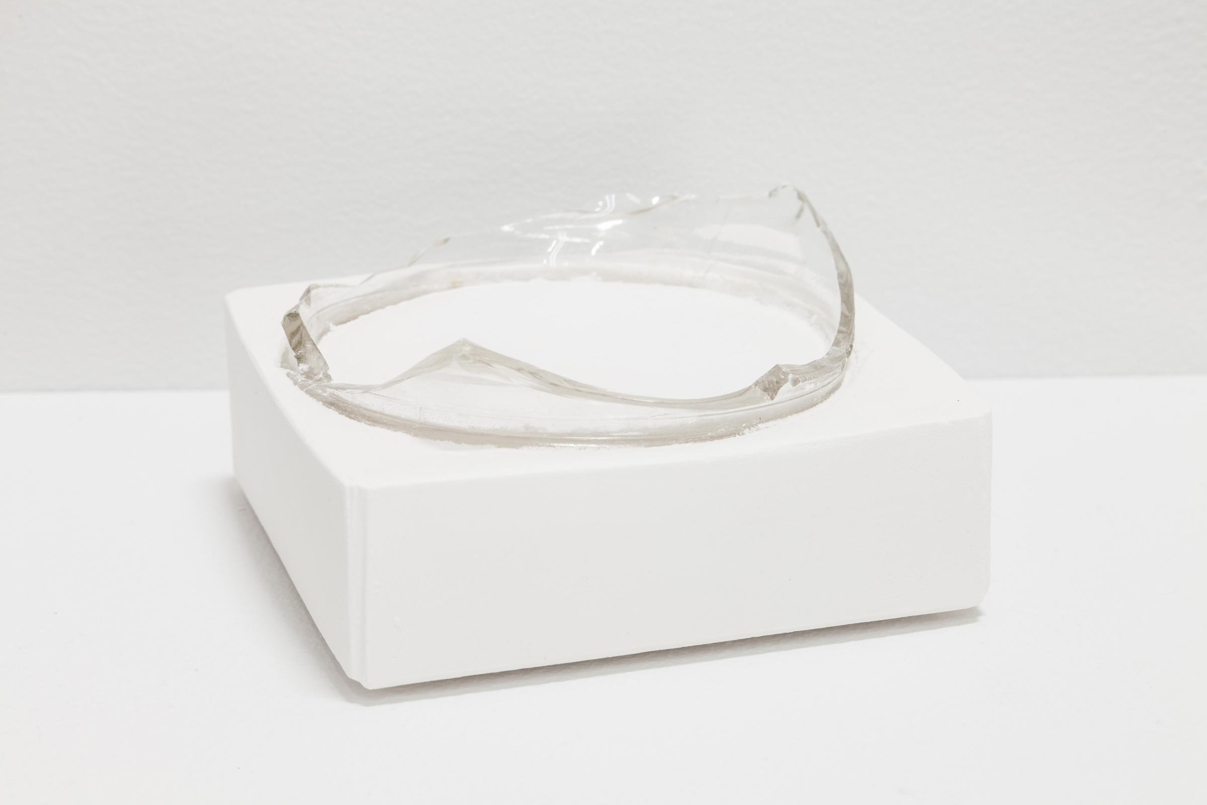 Deborah Hede,  Glass Rim , 2018, glass shard, plaster, 1 ⅞ × 4 × 4 in