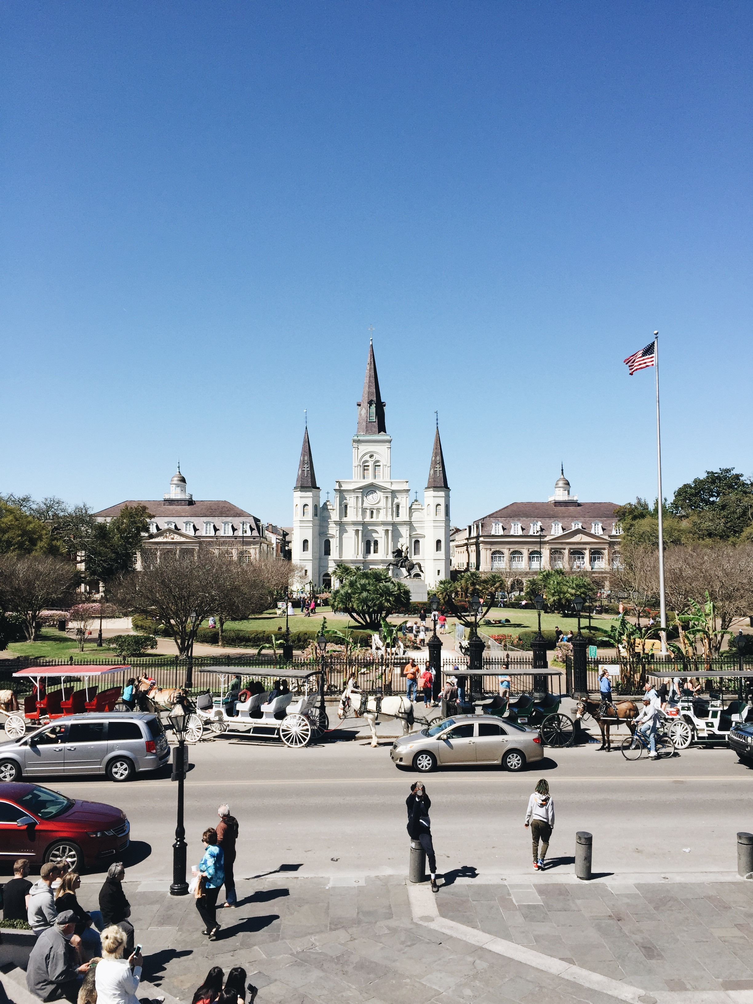 St Louis Cathedral& Jackson Square - This beautiful cathedral is actually where the wedding was held. If you're so inclined, you can attend mass there if you want to see the inside, or you can just wander around the square because there are always buskers playing and artists selling their works. There are also horse-drawn carts and you're within view of the Mississippi.