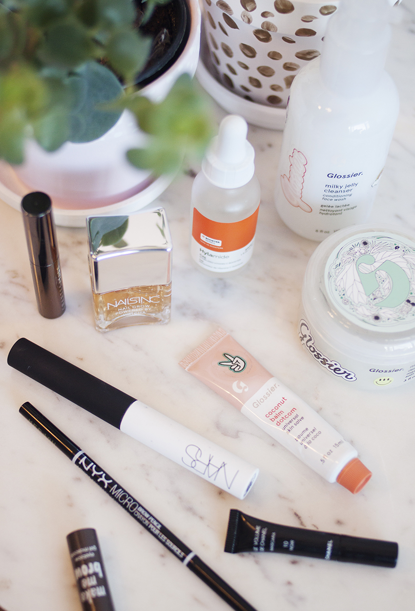 - After that hit of luxury, let's talk about something budget-friendly in the form of a couple of brow products. I've been using the Anastasia Brow Powder Duo (AU) for a while now and didn't strictly need another brow-filling product, but I missed having a brow pencil around because having everything (colour + spoolie) in the one place is so convenient, especially for travel. After hearing the NYX Micro Brow Pencil (AU) was a dupe for the Anastasia Brow Wiz (AU), which I've used in the past, I picked up the shade Espresso and I'm really glad I did because it's filled that gap in my collection perfectly. The colour works great for me, and it's super thin and easy to control and like I said, it's all in the one place. Brow powders and pomades are infinitely better value for money as they last so much longer than pencils, but it's still great to have one back in my stash again and I really do like this one.As with eyeshadow primer, I don't think brow gels are very exciting products, but my L'Oreal Brow Artist Plumper (AU) had started to smell weird, and I'd heard a bit of buzz about Essence Make Me Brow (AU), so I picked it up. I do prefer the smaller brush head to the L'Oreal one, and with a tube that big, honestly the product is likely to go bad before you can ever finish it up, which is what happened to me. The Essence brow gel gets compared to the Benefit Gimme Brow a lot, and having used that in the past, my memory is telling me the Benefit formula is a bit drier, which I prefer because it means you're less likely to get product in places you don't want it. I'm not very likely to spend big bucks on an eyebrow gel as I don't really get that much joy out of using it, so right now the Essence one is definitely doing the job and I'm happy with it, but I don't think it's anything to write home about. In saying that, I have pretty full brows naturally, and never really find them a struggle to work with, so maybe I'm just #blessed.