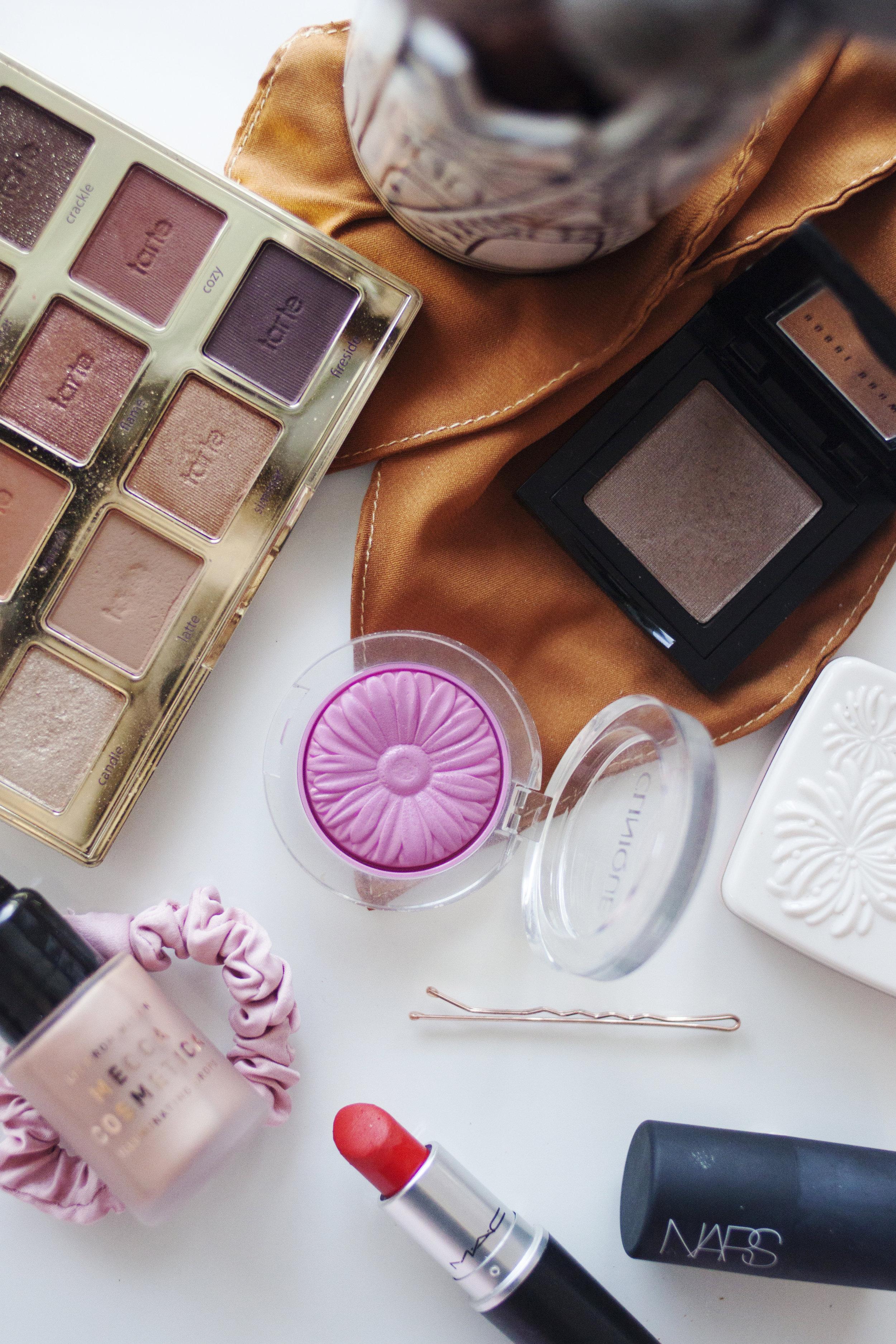 A Small Makeup Declutter  |  LITTLE HENRY LEE