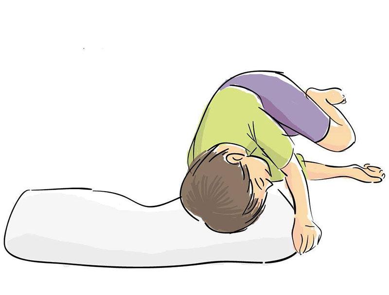 sleeping position: on your side. 横向き寝