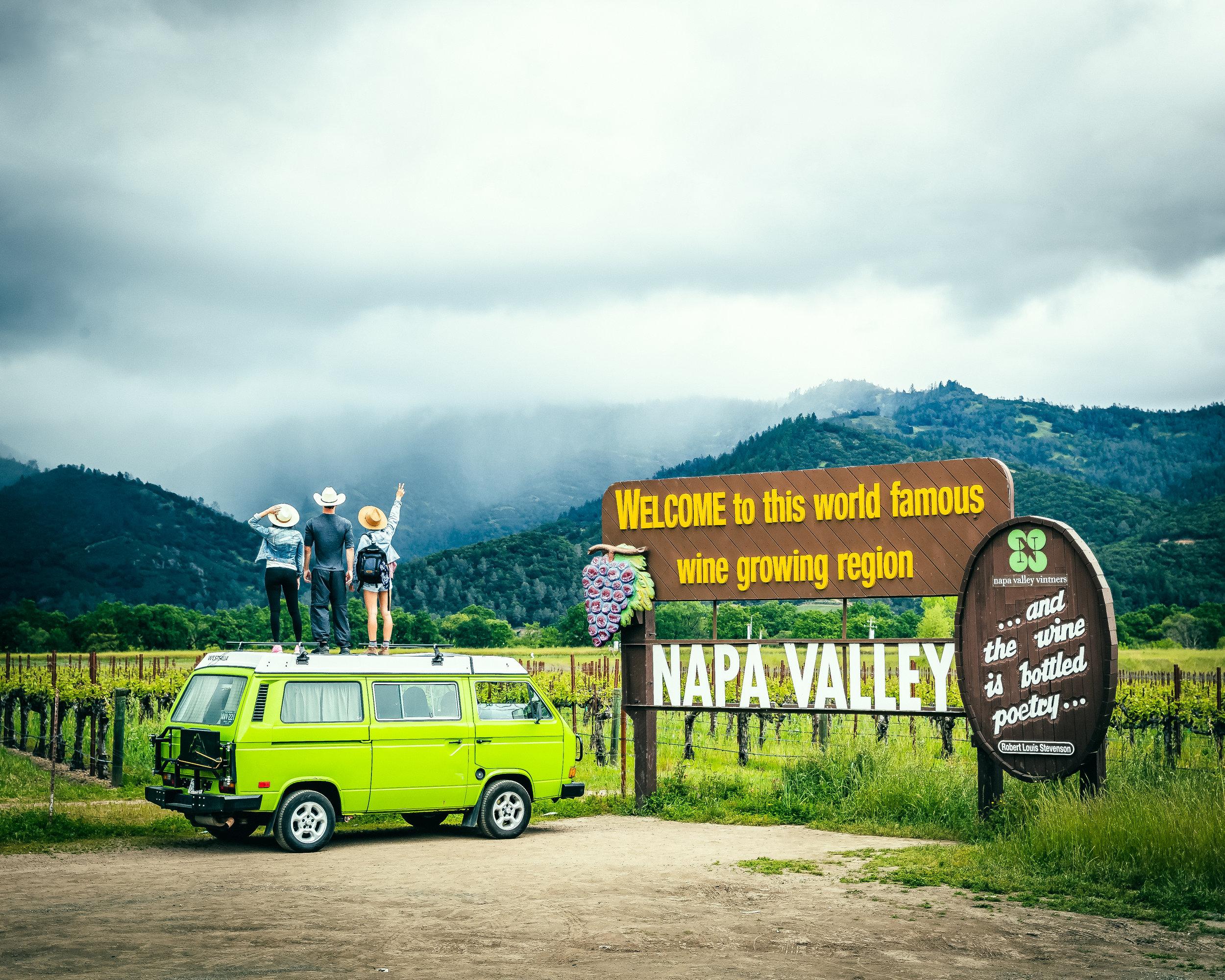 Napa_Valley_Sign.jpg