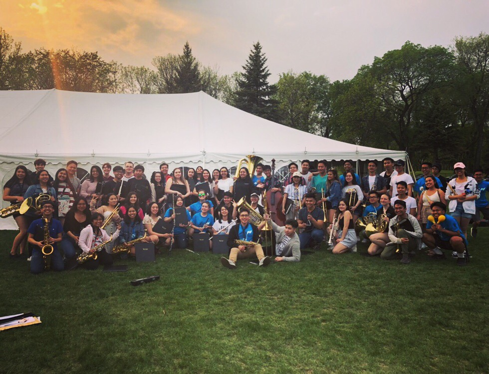 Wind Ensemble 2018/2019 at Arts in the Park 2019! Highlights of the year included Cardinal Elements, Oh Magnum Mysterium with the Winnipeg Winds, Hound of Spring, Beatles sing a longs, and finally pulling off Arabesque by Sam Hazo.