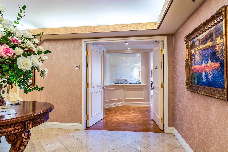 1888 Kalakaua Avenue Suite-large-004-21-Entrance copy-1500x1000-72dpi.jpg