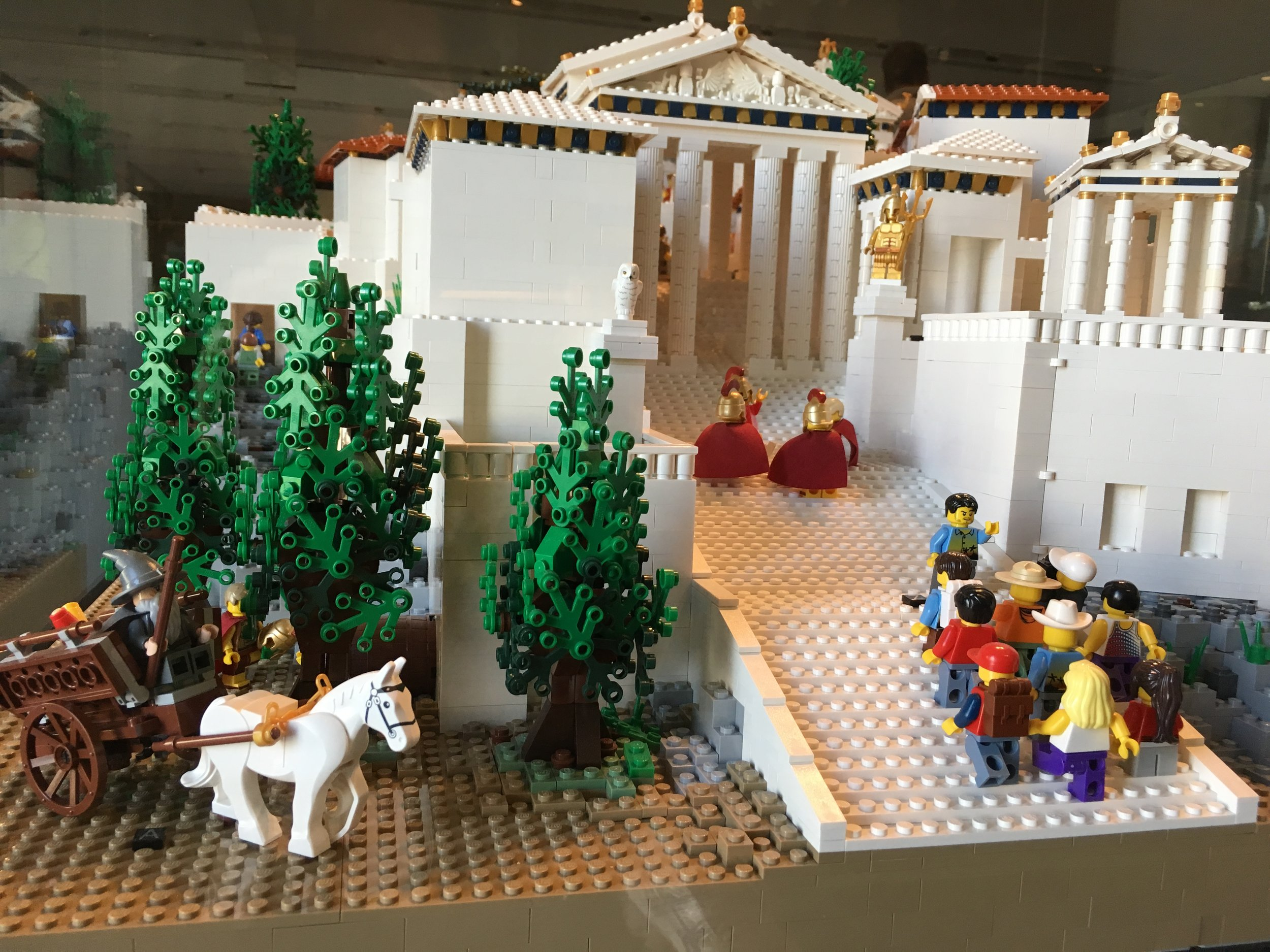 Lego replica of the Parthenon. Apparently Gandalf hung out with the Greeks too.