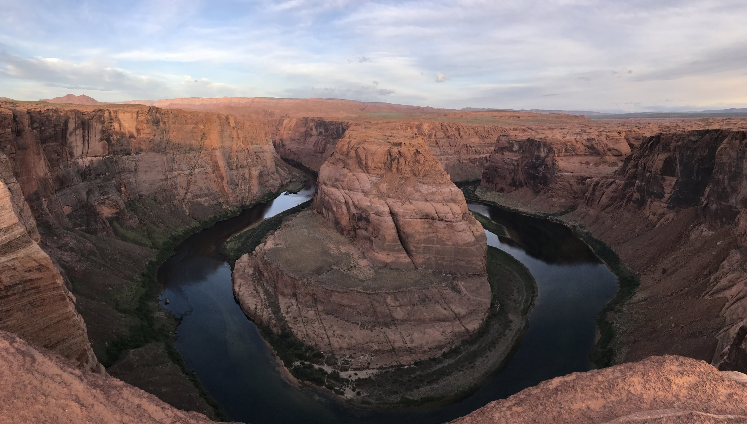 Horseshoe Bend at sunrise (but before the sun gets too high up)