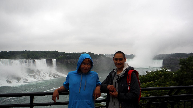 Audi and Cie at Niagara Falls. Photo by Alexa Hatanaka.