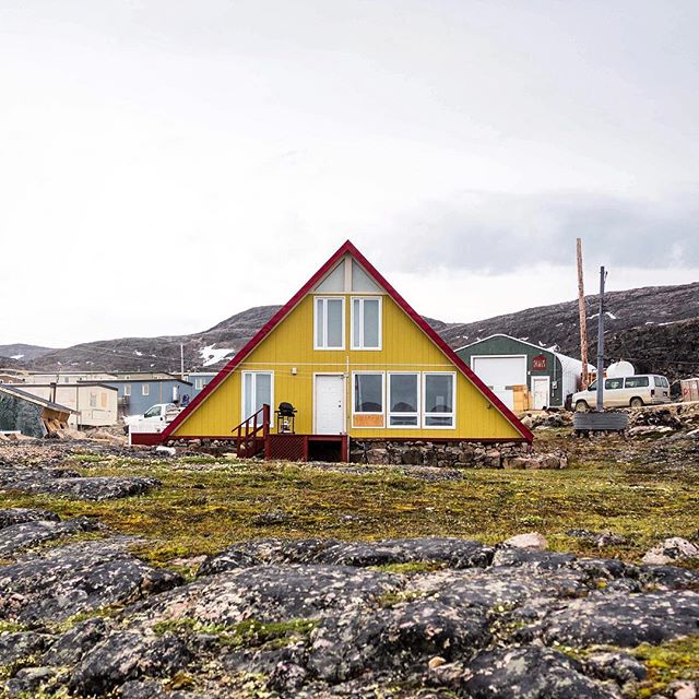 A-frame home in Cape Dorset, Nunavut gets an A+ 👍🏾