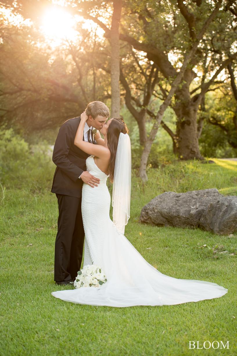 Addie_Brayden_wedding_san_antonio_bloom_photography_-291.jpg