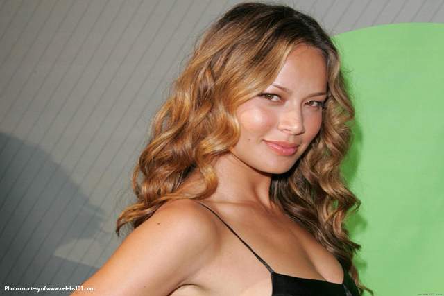 Moon_Bloodgood_Wallpaper.jpg