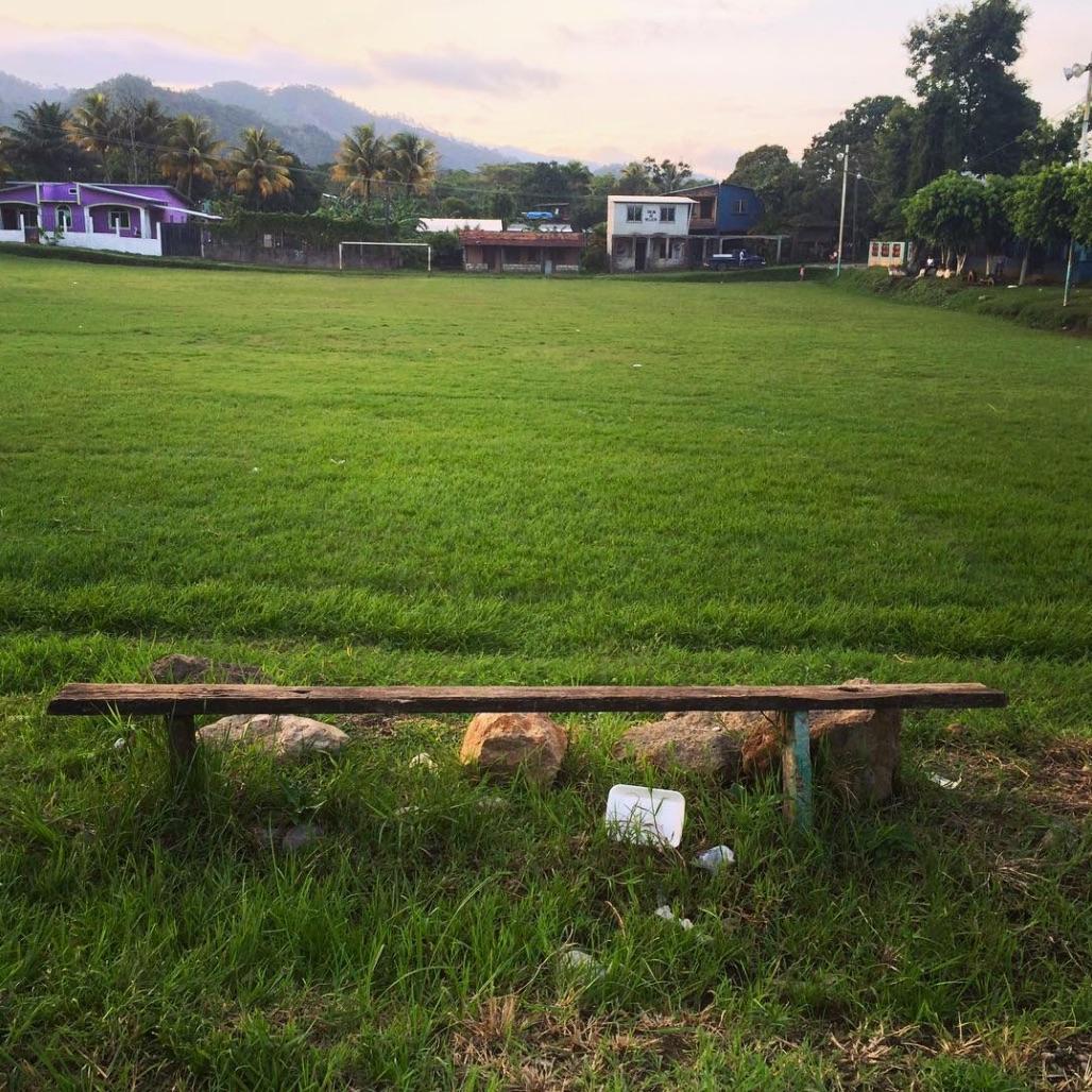 Santa Cruz de Yajoa, Honduras 7:16.jpg