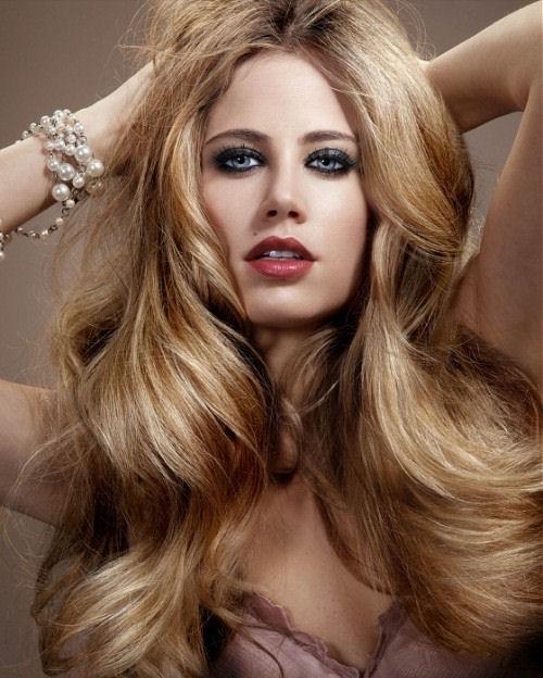 blonde-hair-with-caramel-highlights-2016.jpg