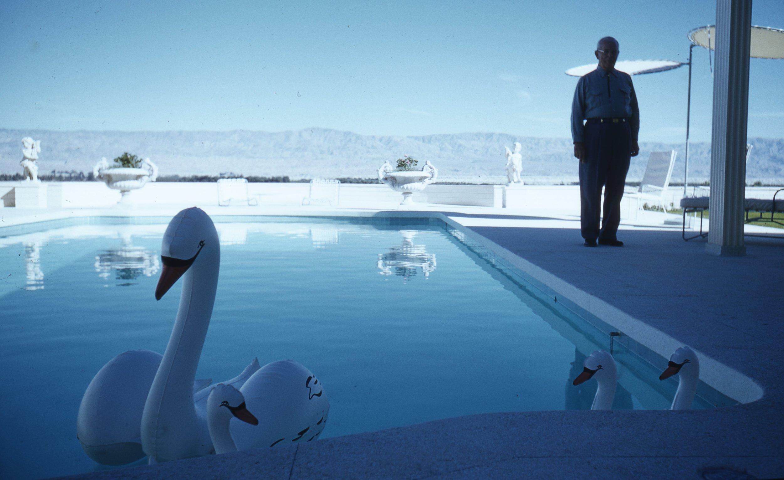 Robert Doisneau: Through the Lens - Read more