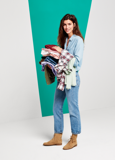 20161120_UBER_GIVING_CLOTHES_CF2_G_0415-390x544.png