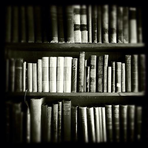 black-and-white-books-life-love-Favim.com-496881.jpg