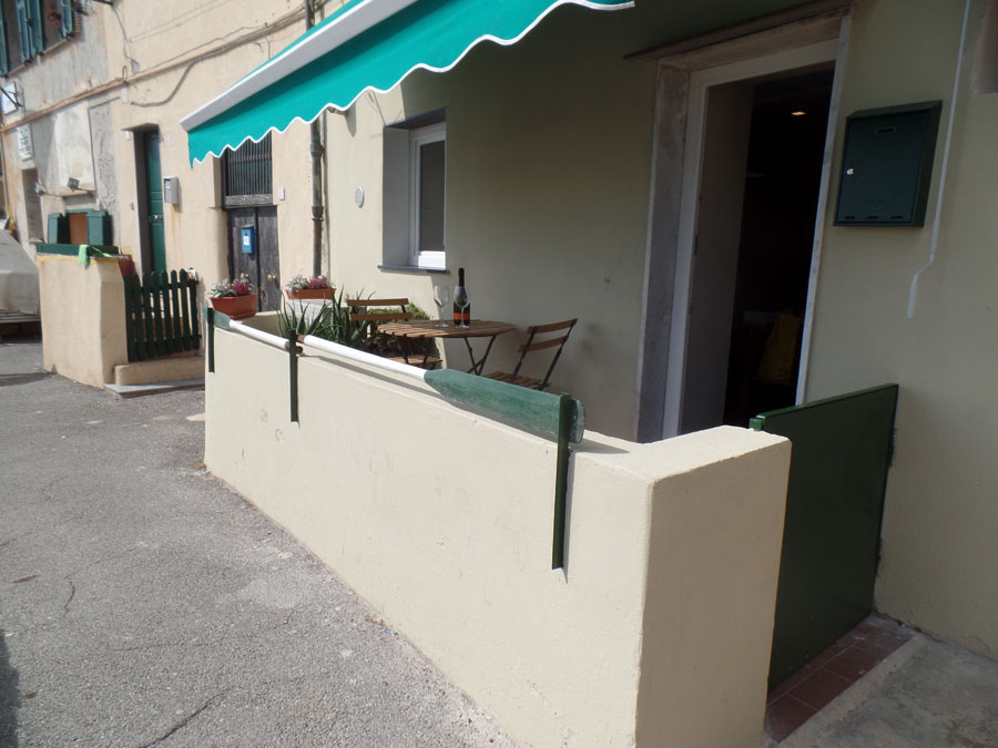Casa-Vacanze-Genova-4-ingresso-Baian-rid.jpg