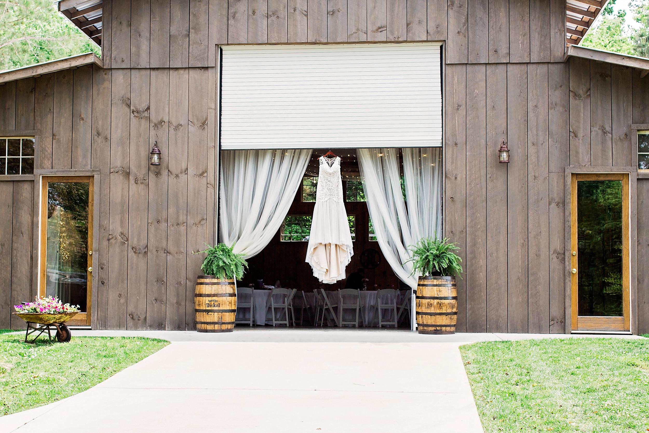 Coffey Barn Wedding