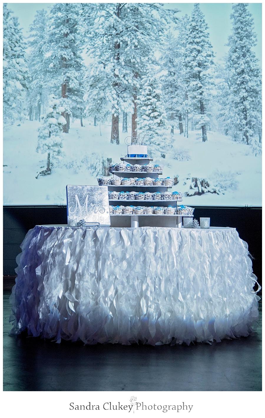 Impressive cake display