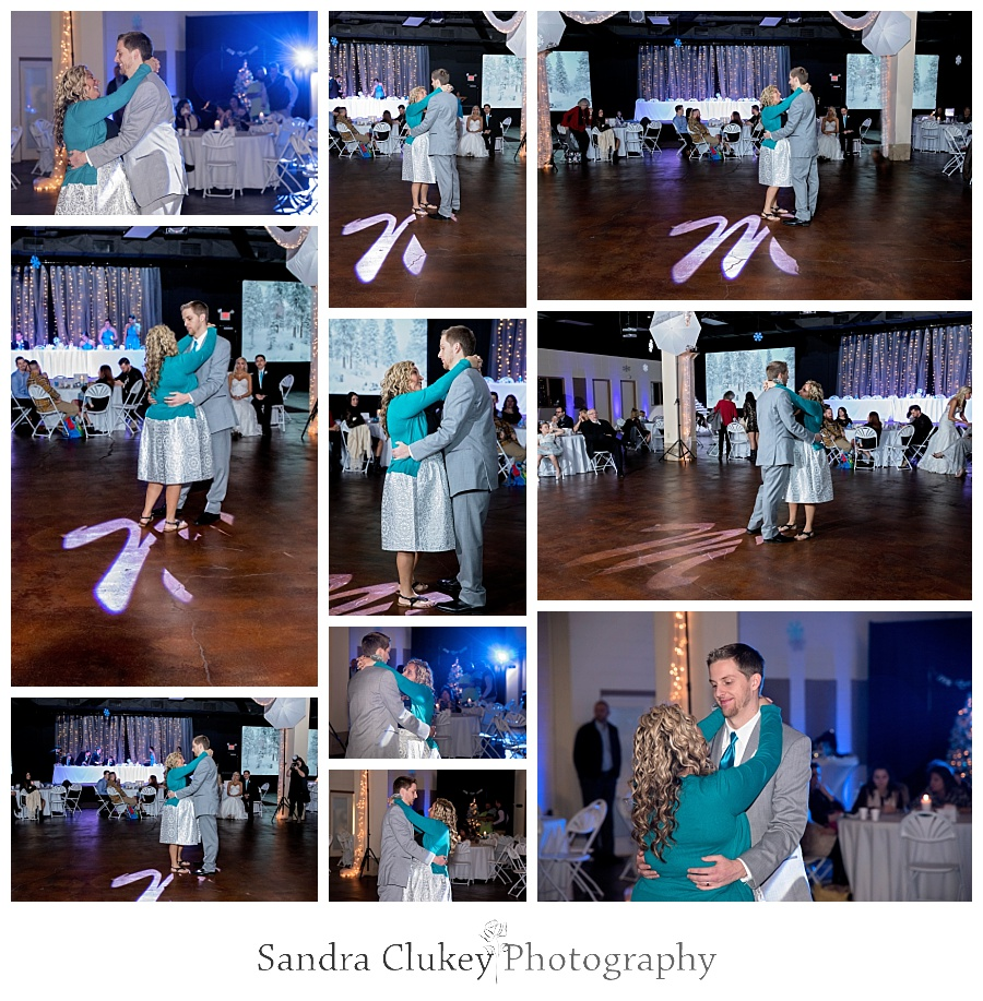Special moments Groom with Mother dance