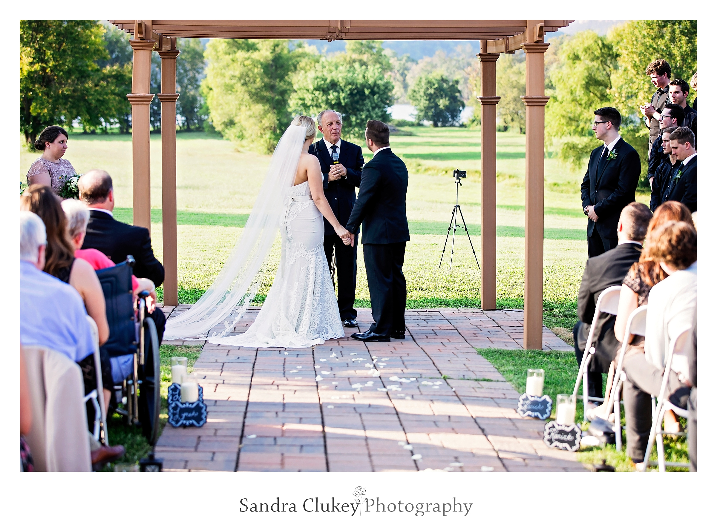 Tennessee RiverPlace wedding venue in Chattanooga Tennessee