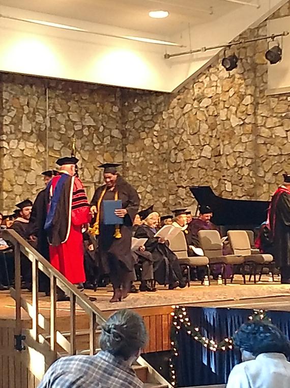Glenyda McIllwain 2017 Bachelors graduate.png