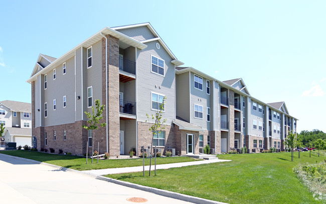 Apartments-In-Ankeny-Iowa-B97-For-Cheerful-Home-Design-Ideas-with-Apartments-In-Ankeny-Iowa.jpg