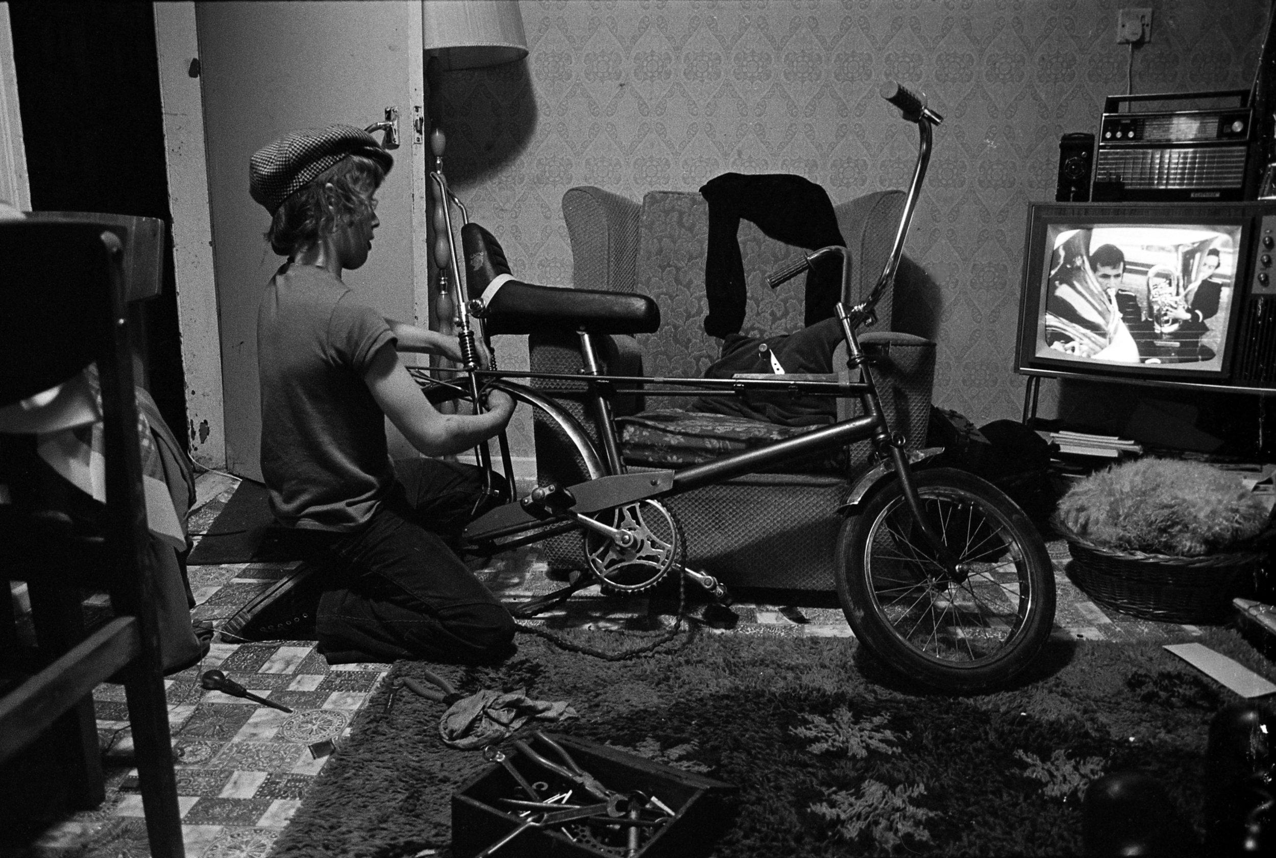 GF-Billy fixing the Chopper, Newtownards, 1974.jpg