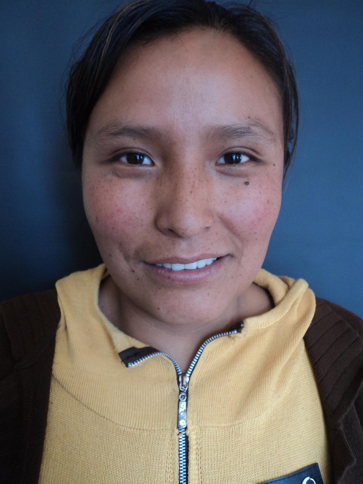 Nestorina graduated in Educacion en Familia Comunitaria Inicial.