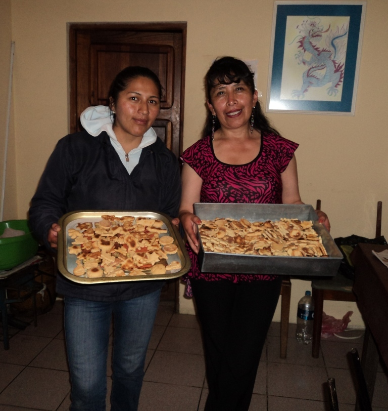 Making cookies to celebrate Todos Santos (All Saints´ Day).