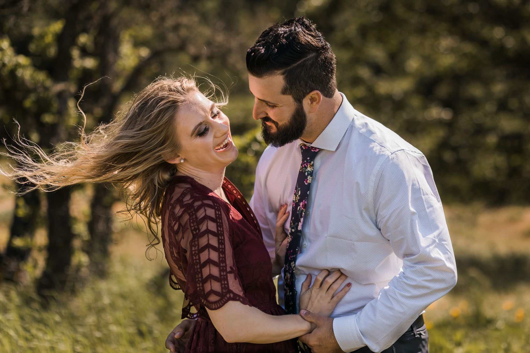 Windy Columbia River Gorge Engagement