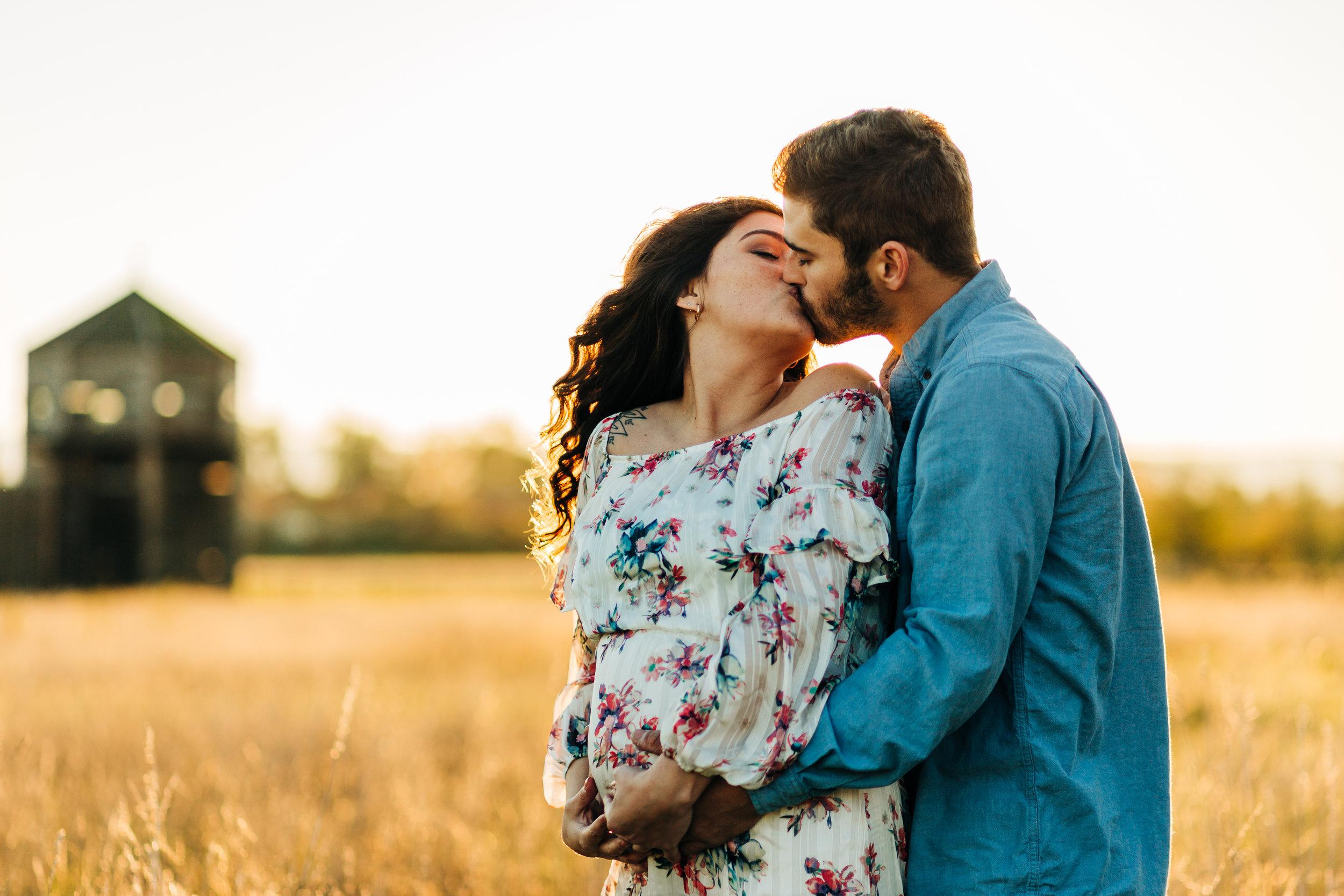 Miranda & Austin - Vancouver WA Fall Maternity - 17.jpg