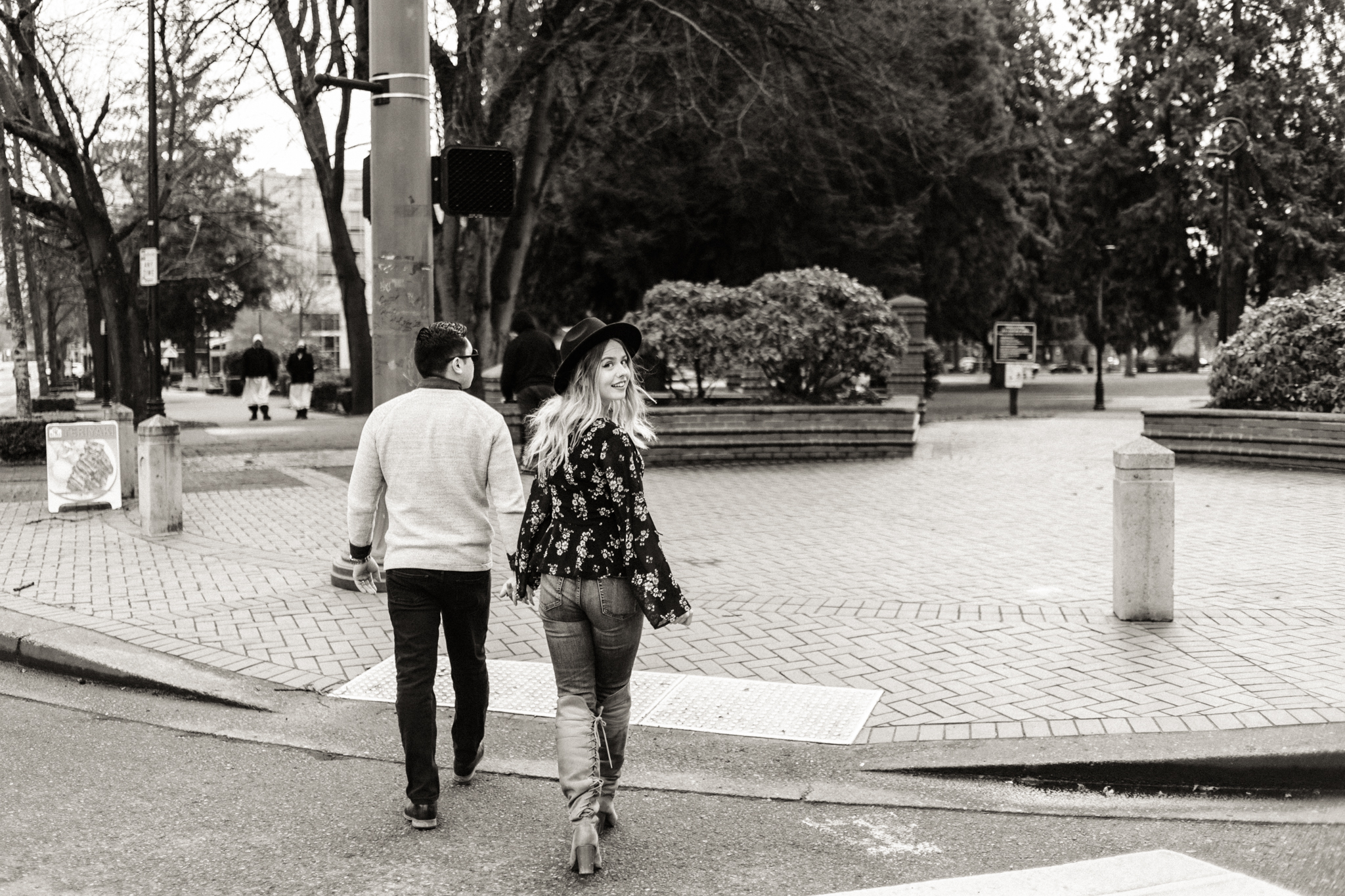 Downtown Urban Couple Session -  Malina Rose Photography_-6.jpg