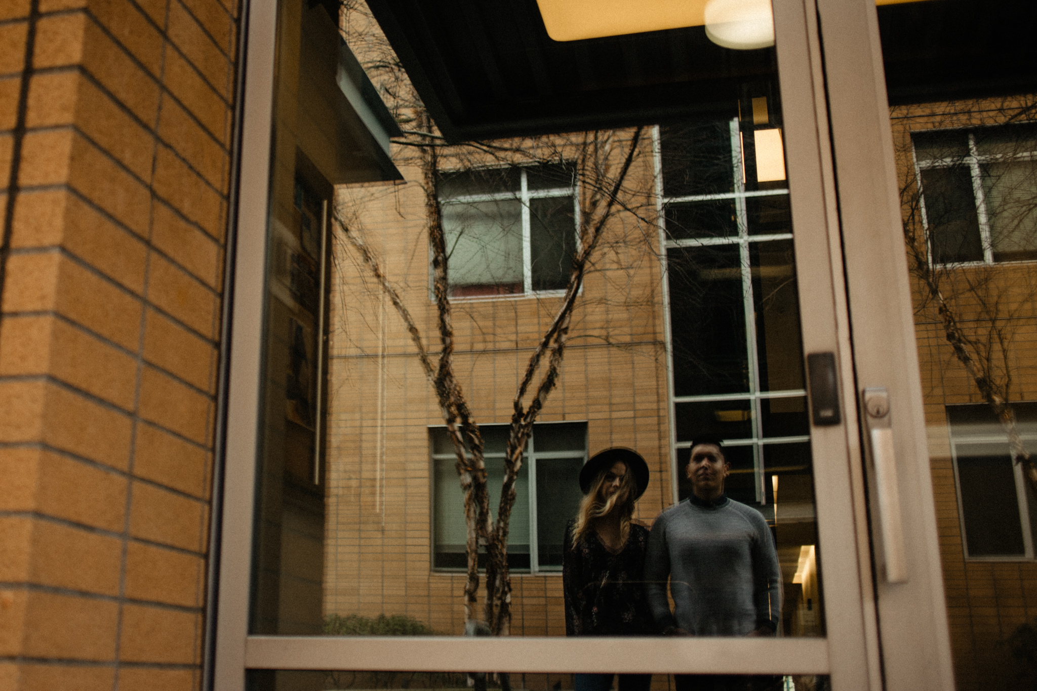 Downtown Urban Couple Session -  Malina Rose Photography_-7.jpg