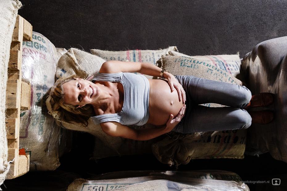 zwangerschapsreportage-zwangerschapsfotograaf-rotterdam-12