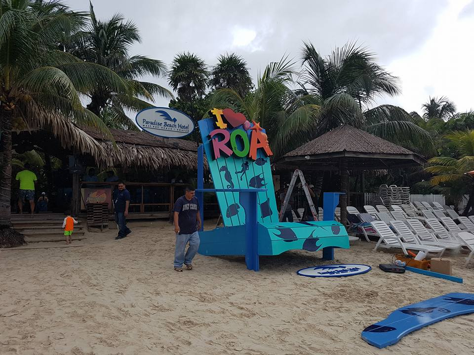 I love ROA Chair in Roatan