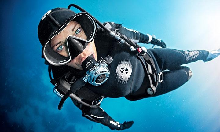 Roatan Scuba Diver