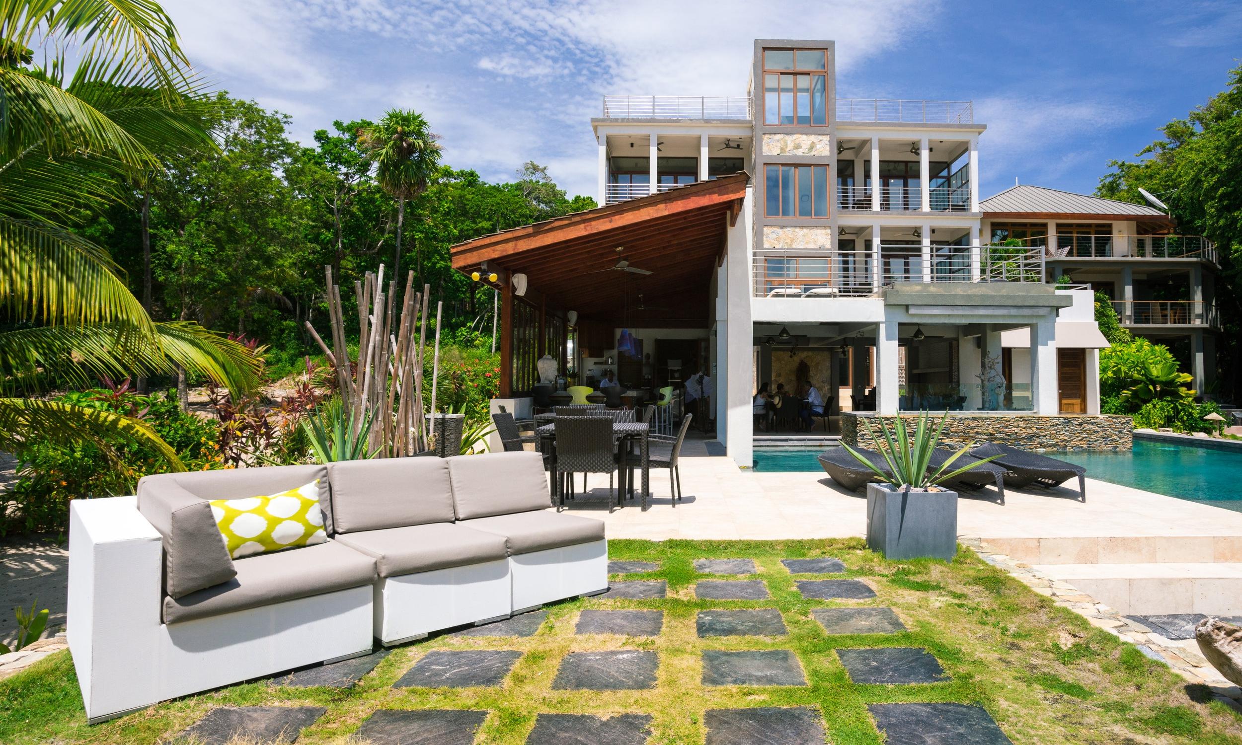 Xbalanque Resort Roatan