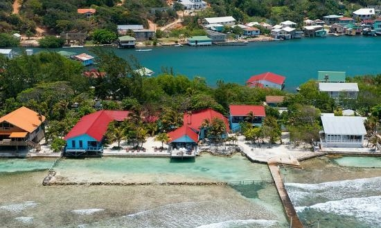 Roatan Reef House from above