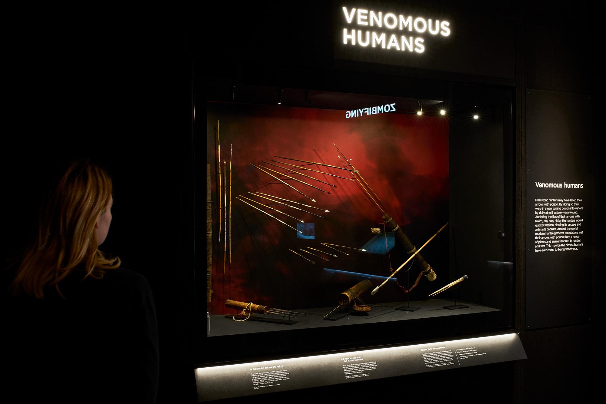 Margot_Lombaert_Venom_08.jpg