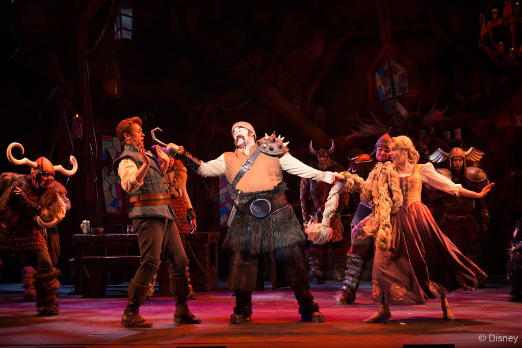 Tangled-The-Musical-Snuggly-Ducking-Flynn-Hooked-1024x682.jpg