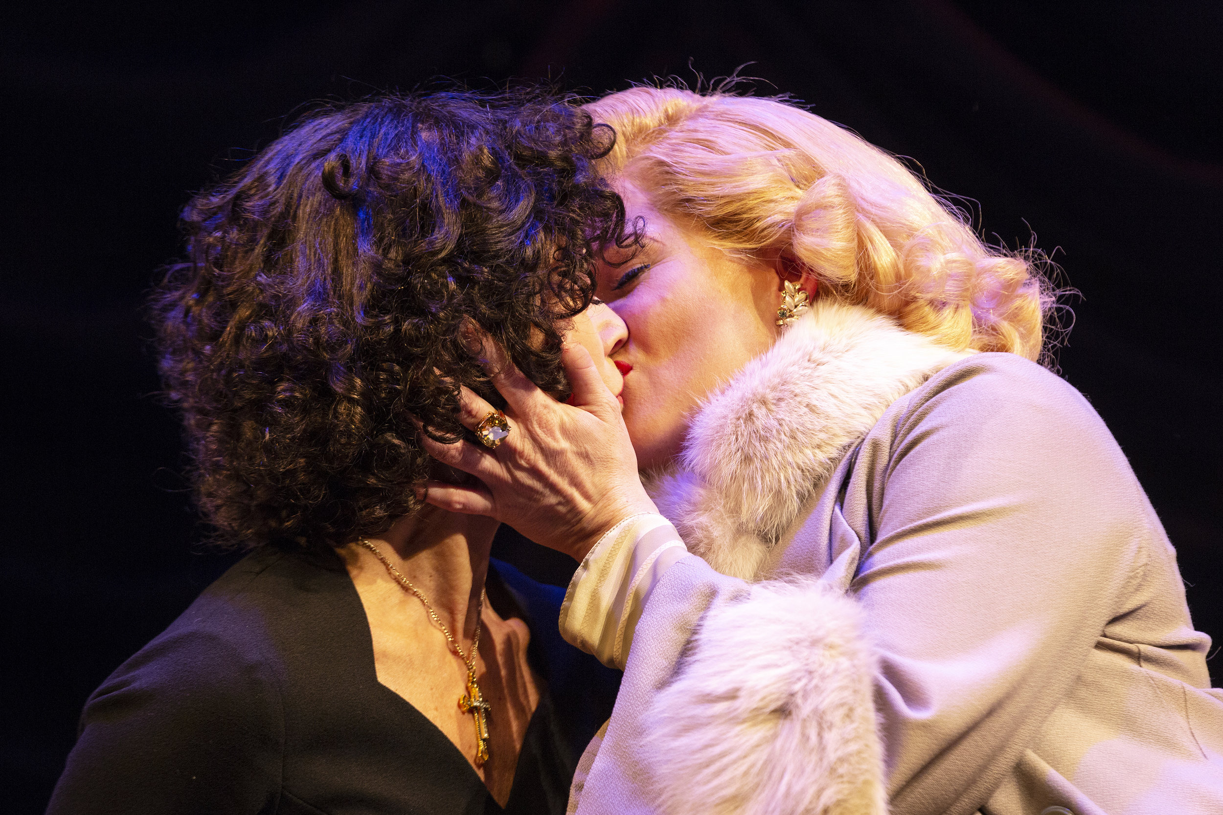 8658_Louise Pitre and Carly Street_The Angel and the Sparrow 2017_photo by Leslie Schachter.jpg