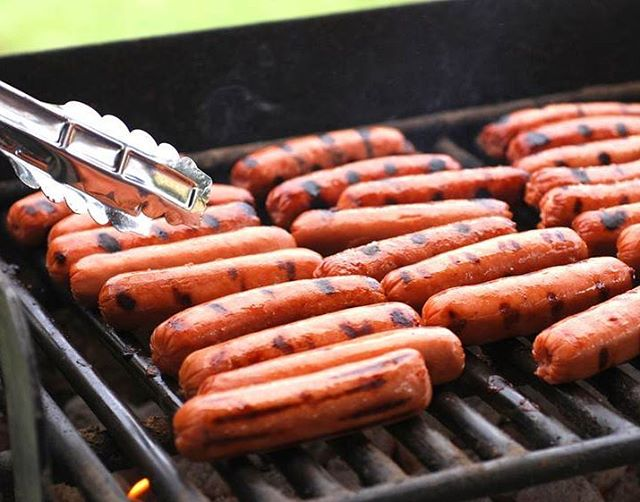 Tailgate tomorrow! There will be hot dogs, and we even special ordered some cold dogs just for those of you who are in to that sort of thing. Be there. 5:32pm #hotandcold #goknights