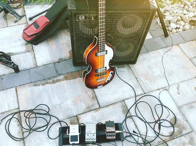 Playin some bass with @nicky_fabbz_music tonight @ohbriansonthegreen ! 8-11pm!