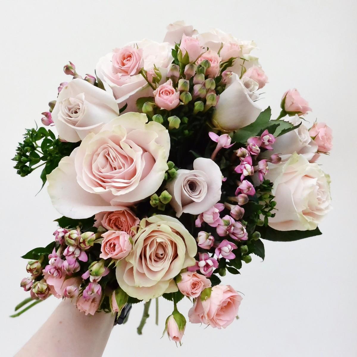 Online floral bouquet