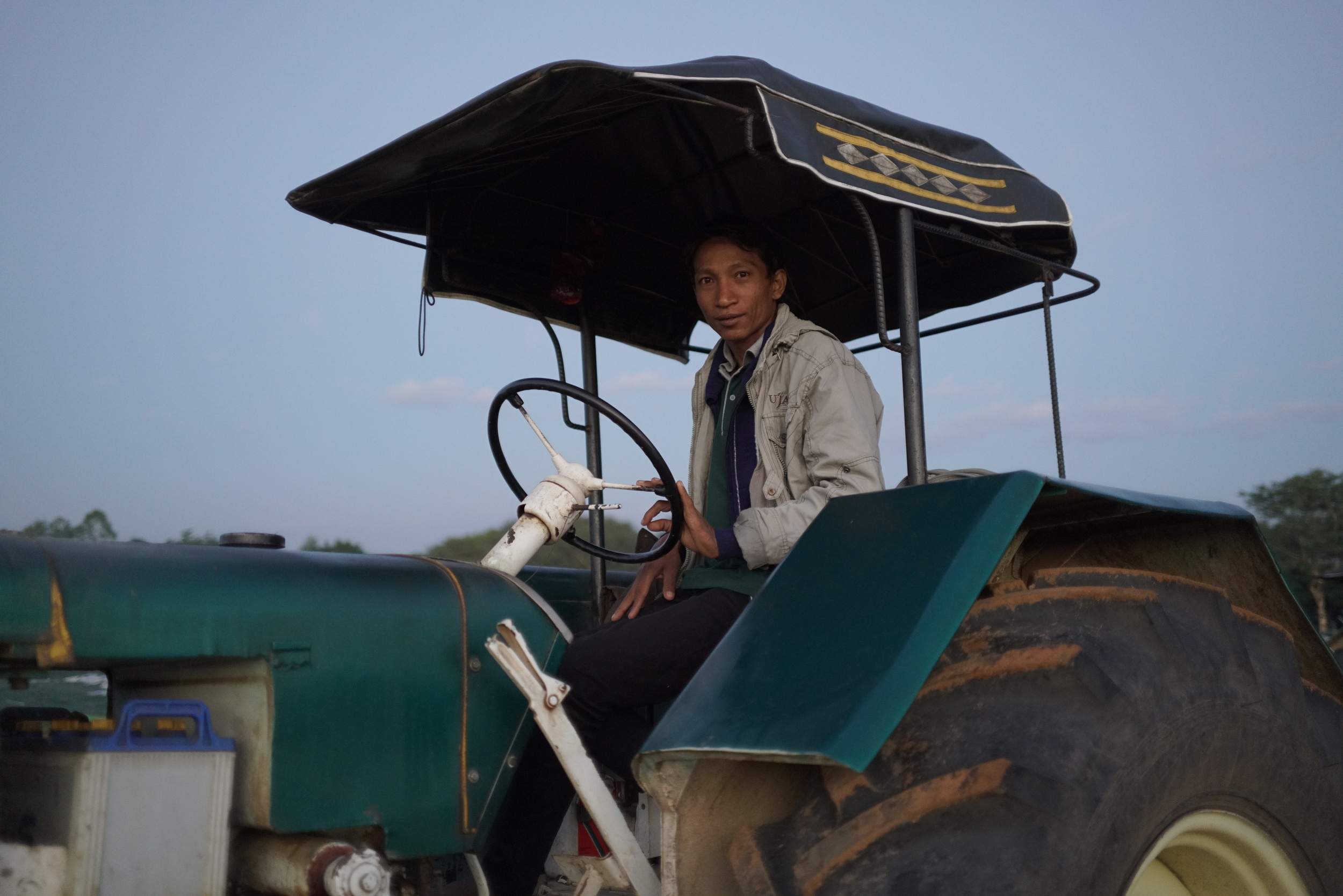 BAL-18_TractorGuy-1small.JPG