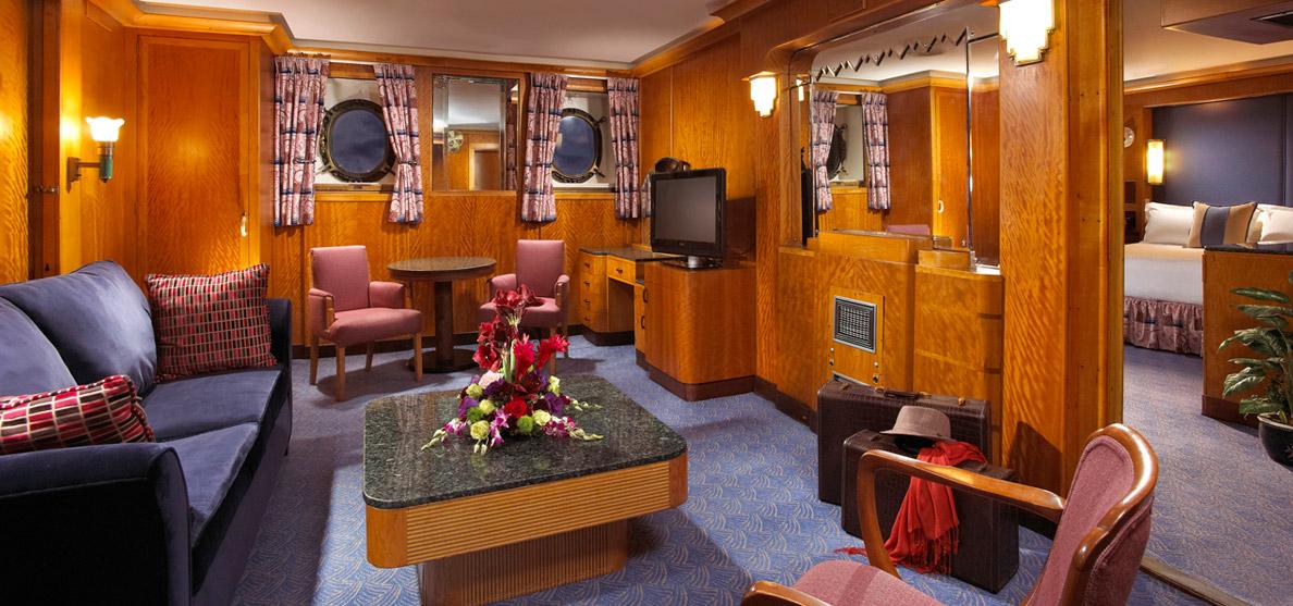 qe_suite_livingroom.jpg