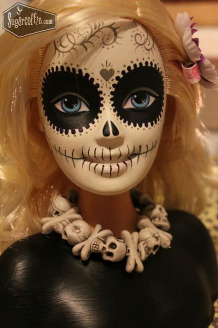 day-of-the-dead-barbie.jpg